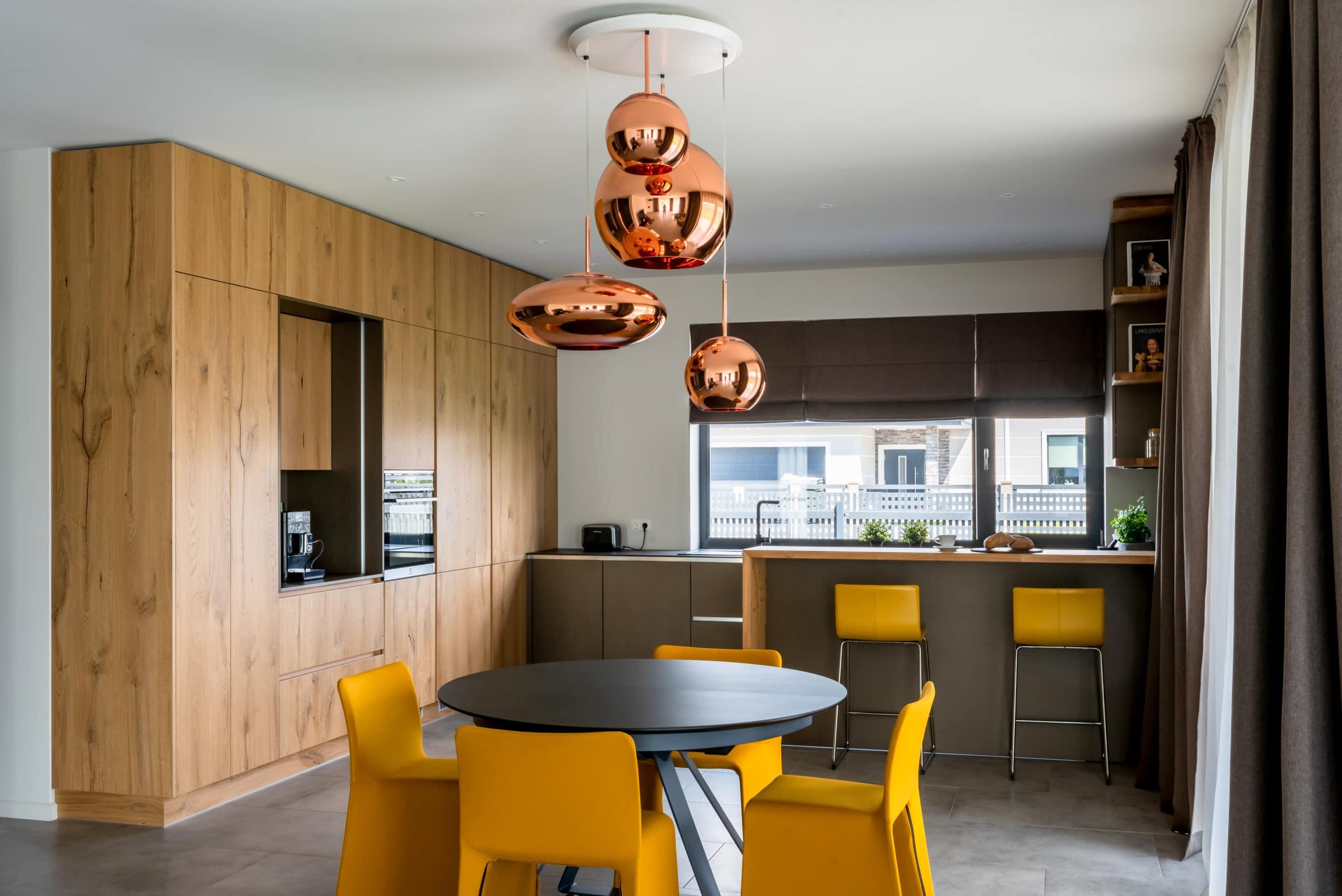 Ar ko atšķiras 3 000 un 9 000 EUR vērta virtuve? Risinājumi dažādiem budžetiem